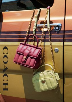 Offerte di Abbigliamento, Scarpe e Accessori nella volantino di Coach ( Pubblicato oggi)