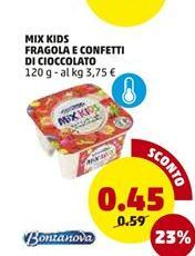 Offerta per Yogurt mix kids fragola e confetti di cioccolato a 0,45€